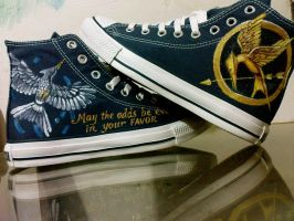 handpainted Mockingjay Hunger Games on Converse by alcat2021