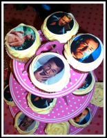 Ray Winstone Cupcakes! by gertygetsgangster