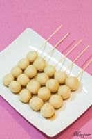 Mitarashi dango by Morgaer