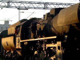 An old steam engine by ComradeM