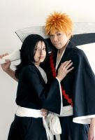 Bleach: Ichigo and Rukia by red-cluster