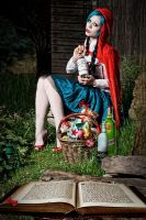 Freaky Little Red Riding Hood by Ophelia-Overdose