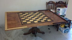 Chess table completed by jonmesser33