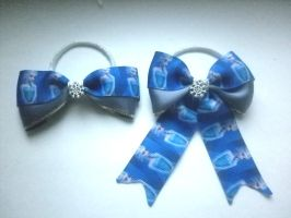 frozen bows-sold by ScorpionsKissx
