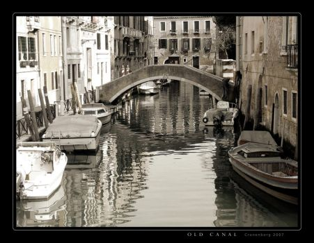 Old Canal by cronenborg