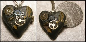 Clockwork Heart by Rosselanor