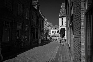 Brugge and the street by Wunderling