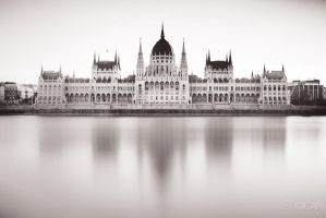 The Parliament at dawn by sican