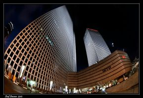 Winding Azrieli Towers II by amassaf