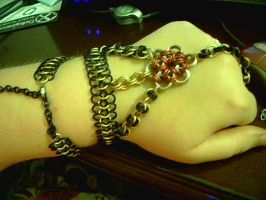 DIH modified hand flower by lunabellvarga