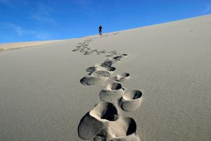 Josh and Footprints by vubui