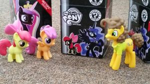 MLP Series 3 Mystery Boxes Hot Topic Exclusive by Vesperwolfy87