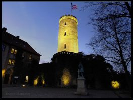 twilight at the Sparrenburg castle II by Ingelore