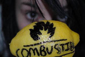 combustible lemons...XD by SeiakuCosplay