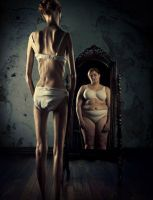 mirror mirror... by anorexicPOISON
