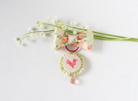 brooch with bird by freedragonfly