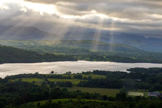 Light Rays Across Windermere by samuelelliswilson