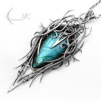 DYRKNHNAR - silver and labradorite. by LUNARIEEN