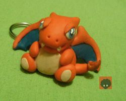Chibi Charizard by Colocho-geek
