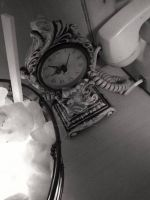 An old clock. by CindyLouWhoXox