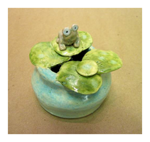 Frog Pot by monstercoach