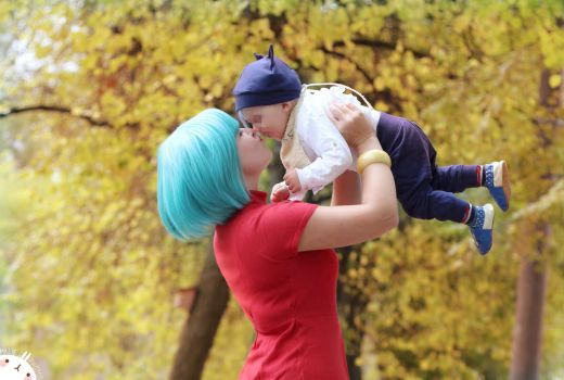 Bulma and Babytrunks Cosplay2 by VivytheKiwi