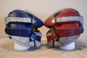 Red VS Blue Life size Halo 4 Warrior helmets by Hyperballistik
