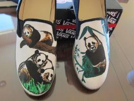 Panda Shoes by Sarihuma
