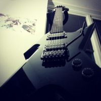 My Dean Razorback Guitar by VanishedReality