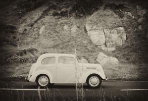 Old Car on the coast road by BELFASTBAP