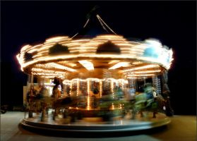 Paris - The merry-go-round by 0pen-y0ur-eyes