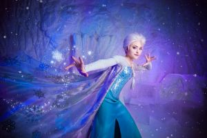 Elsa - Snow Magic by Tink-Ichigo