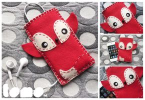 TOMO FOXIE - iPhone iPod Case by TomodachiIsland