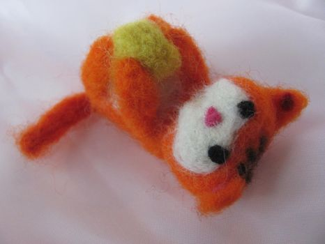 Needle Felted Cat by VampireMuffinxx