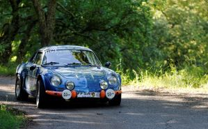 Alpine A110 by guillaumes2