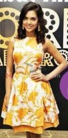 Esha-Guptas-choice-of-flower-print-is-perfect-for- by 24xentertainment