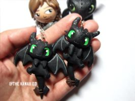 toothless earrings by Thekawaiiod