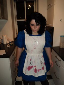 Alice Madness returns costume by Fingo007