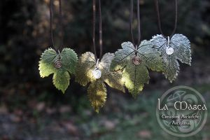 Wild Hop Leaves Necklace by La-Masca-Handmade