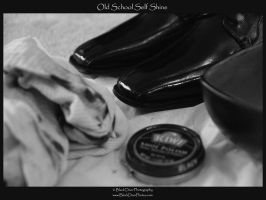 Old School Self Shine by blackdoorphotos