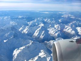 Flying over... the Alps.... by jotamyg