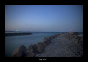 The traffic lights of the sea by Sharmos