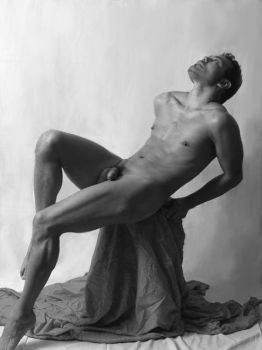 Male nude-1 by Mentalbody