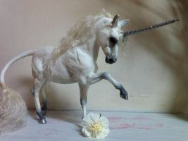 Silvery Unicorn Sculpture by SovaeArt