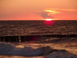 Sea and Sun 5 by Adagem