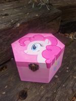 Pinkie pie hand painted jewelry box by LightningChaser
