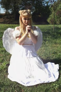 Winged Princess Serenity Cosplay by GlowingSnow