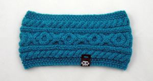 Dark turquoise cable headband by baryshnikova