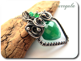 Green Onyx and Silver necklace from fantasy by nurrgula