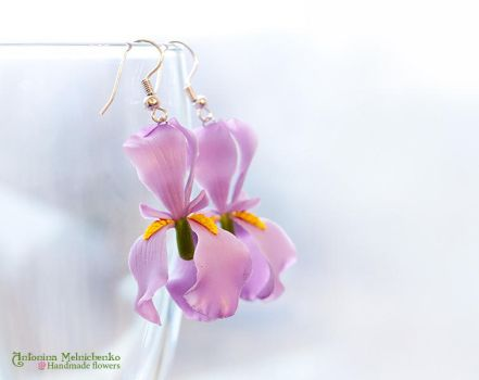 Earrings 'Iris' - Polymer Clay Flowers by SaisonRomantique